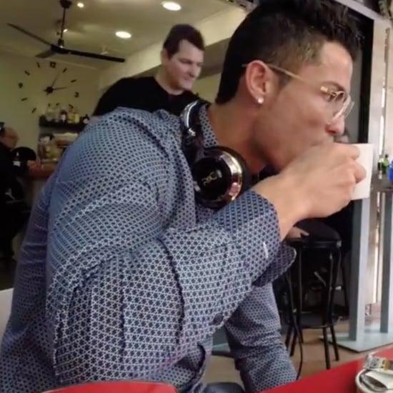 Cristiano Ronaldo Takes Photos With Fans | Video