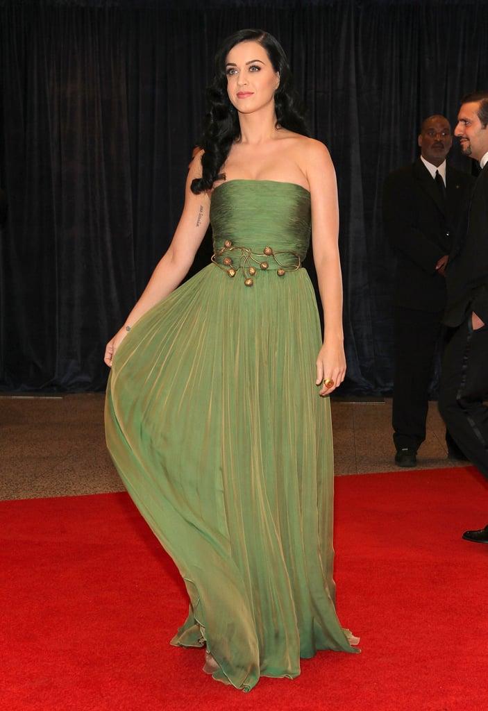 Katy Perry wore Giambattista Valli to the 2013 White House Correspondents Dinner.