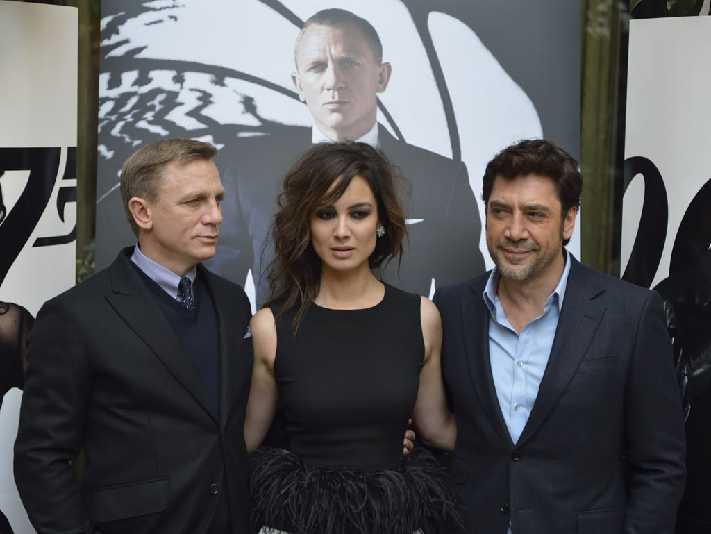 Daniel Craig, Javier Bardem, and Bérénice Marlohe posed at a photocall for Skyfall in Paris.