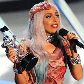 Pop Quiz on MTV VMAs 2010 Including Questions on Lady Gaga, Katy Perry, Taylor Swift, Chelsea Handler and Usher