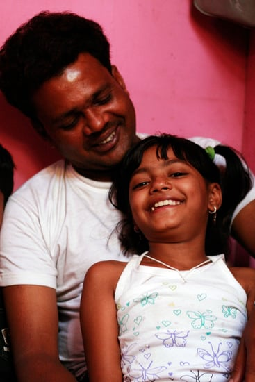 Father of Slumdog Star Denies Putting Daughter Up For Sale