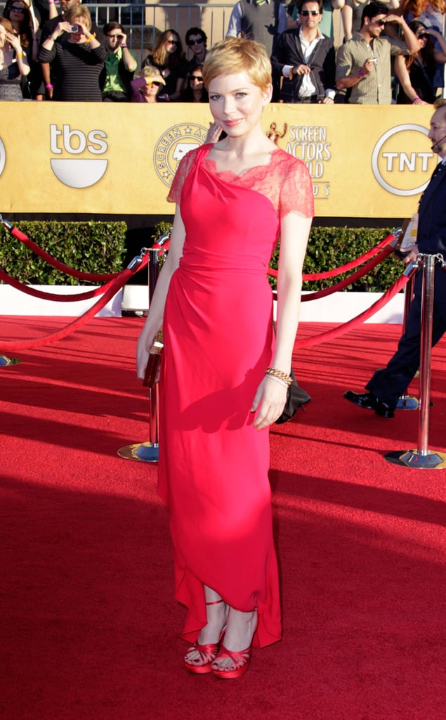 Michelle Williams posed on the red carpet.
