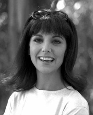 Beauty Biography of Marlo Thomas