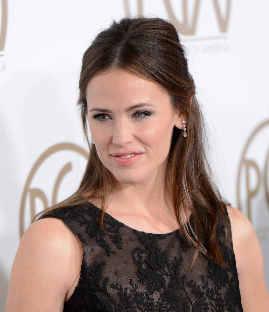 Jennifer Garner wore her hair up at the Producers Guild Awards.