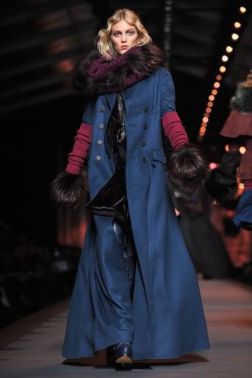 Fall 2011 Paris Fashion Week: Christian Dior 2011-03-04 10:28:00