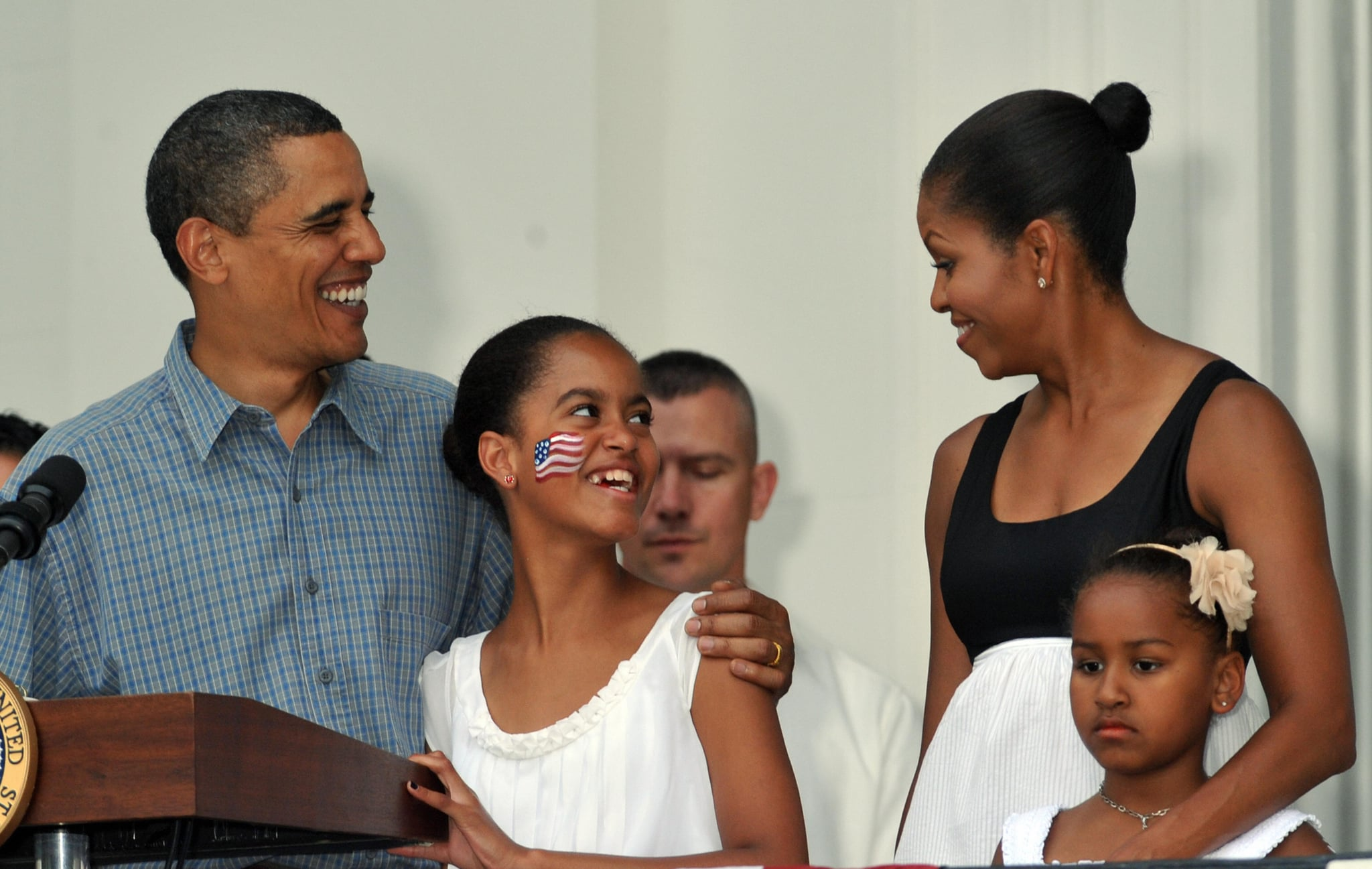In 2009, the Obamas honored military heroes and their families on the South Lawn of the White House.