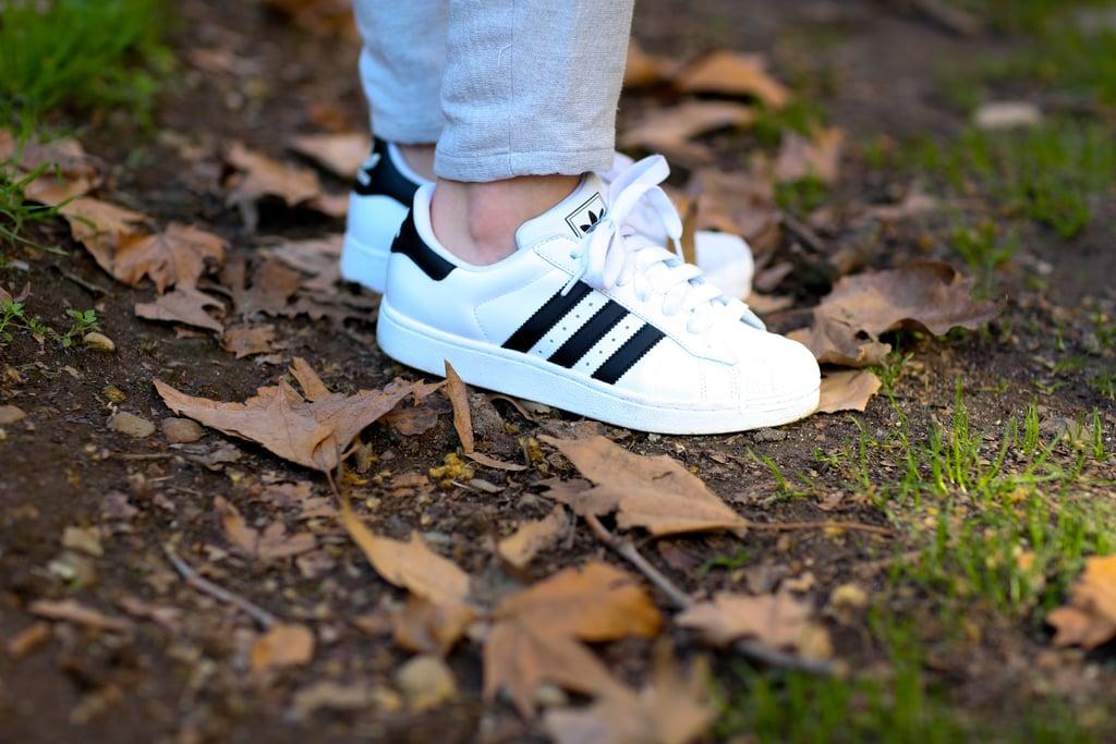 Kicking it old school in Adidas.