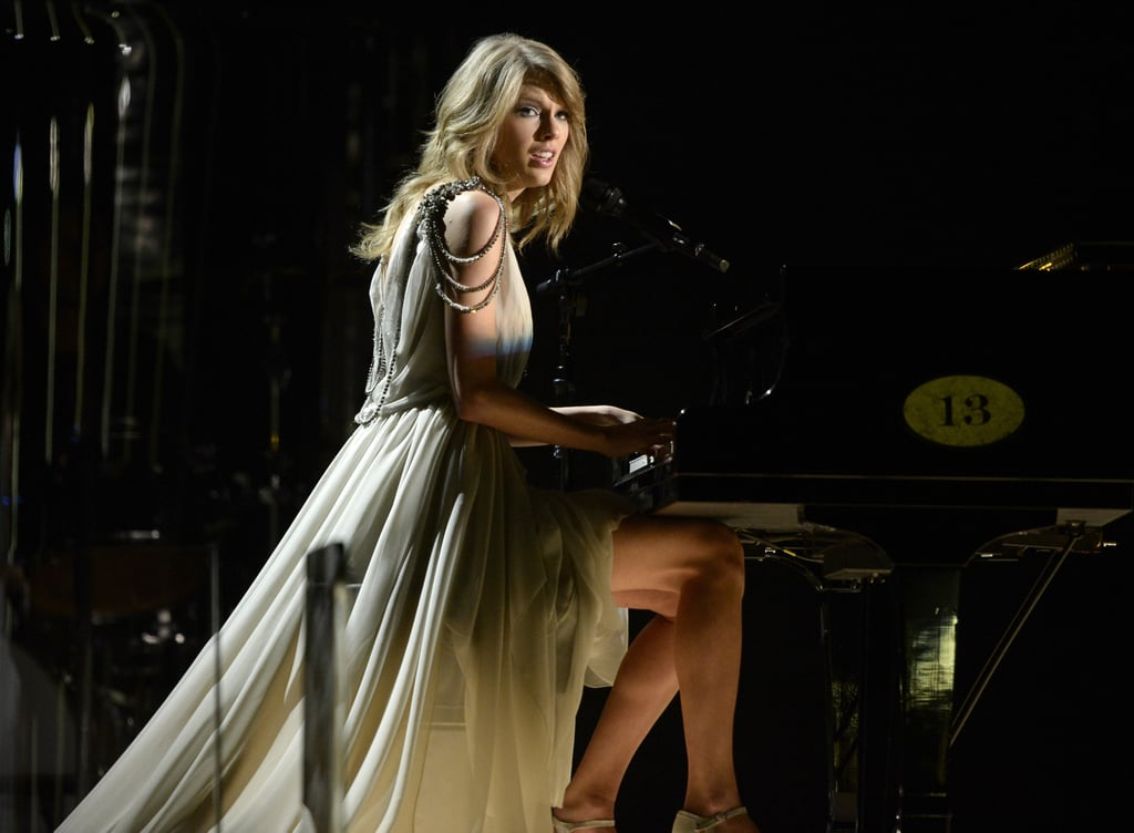 """Taylor Swift wowed with a stripped-down version of """"All Too Well."""""""