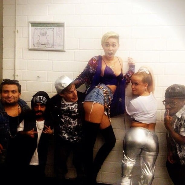 """Miley Cyrus posed with a group of little people before hitting the stage to perform """"We Can't Stop"""". Source: Instagram user mileycyrus"""