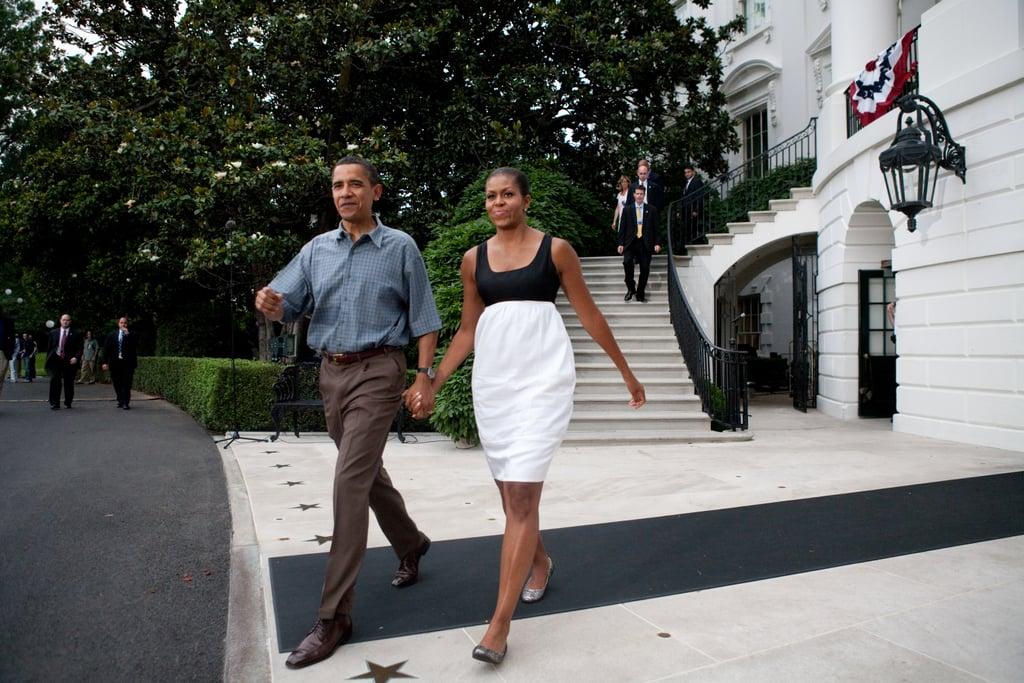 In 2009, the Obamas made their way outside the White House to shake hands with military families.