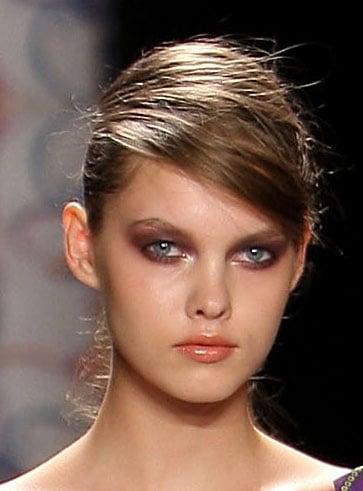 Nicole Miller Spring 2009 New York Fashion Week Hair and Makeup