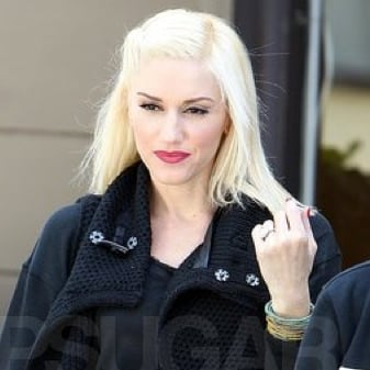 Pictures of Gwen Stefani Getting Her Nails Done in LA