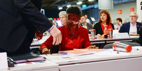 German Lawmaker Assaulted With Cake Over Anti-Refugee Comments