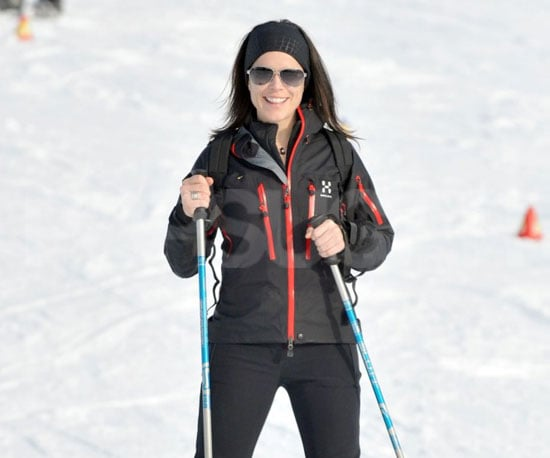 Slide Picture of Neve Campbell Skiing in Switzerland