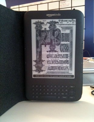 New Amazon Kindle Sets Sales Record