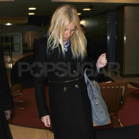 Gwyneth Paltrow Jets Out of Town Ahead of Her New Glee Episode