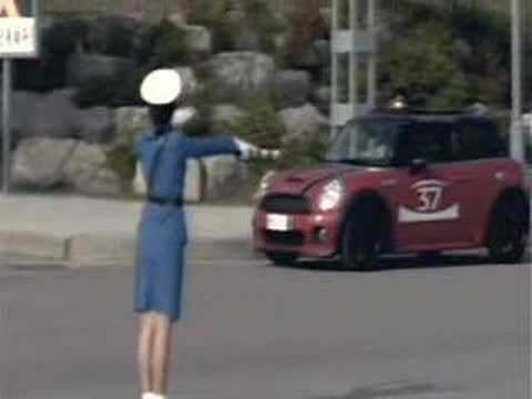 Video of North Korean Traffic Girls