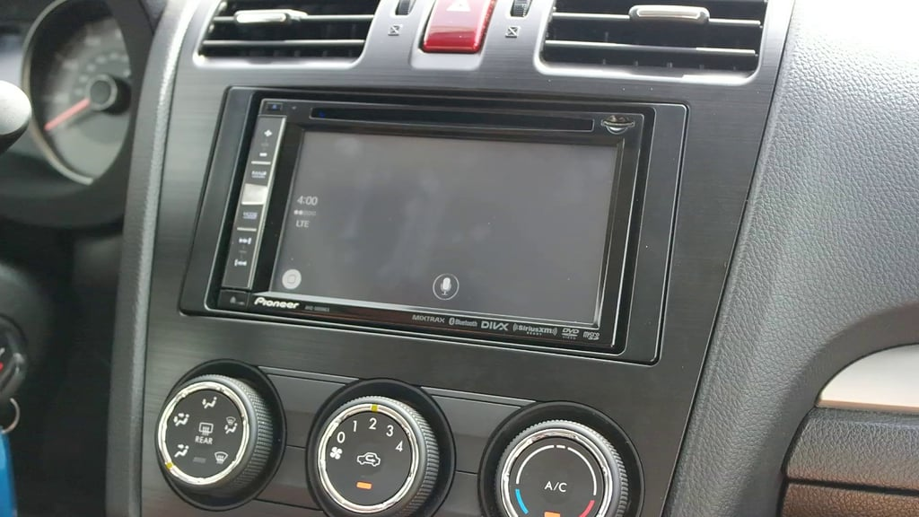Watch Siri enable Apple CarPlay's iTunes.