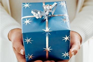 We Need Your Help To Create The Fab Gift Guide!
