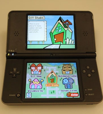 Nintendo DSi XL Review, Goes on Sale Today!