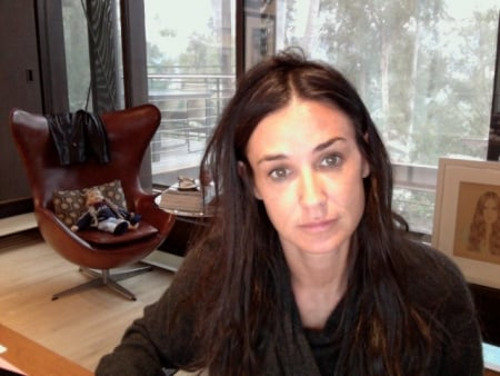 Demi Moore's Bad Hair Day 2010-01-19 12:00:45