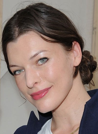 How to Do Milla Jovovich's Hair at the Louis Vuitton Paris Fashion Show 2009