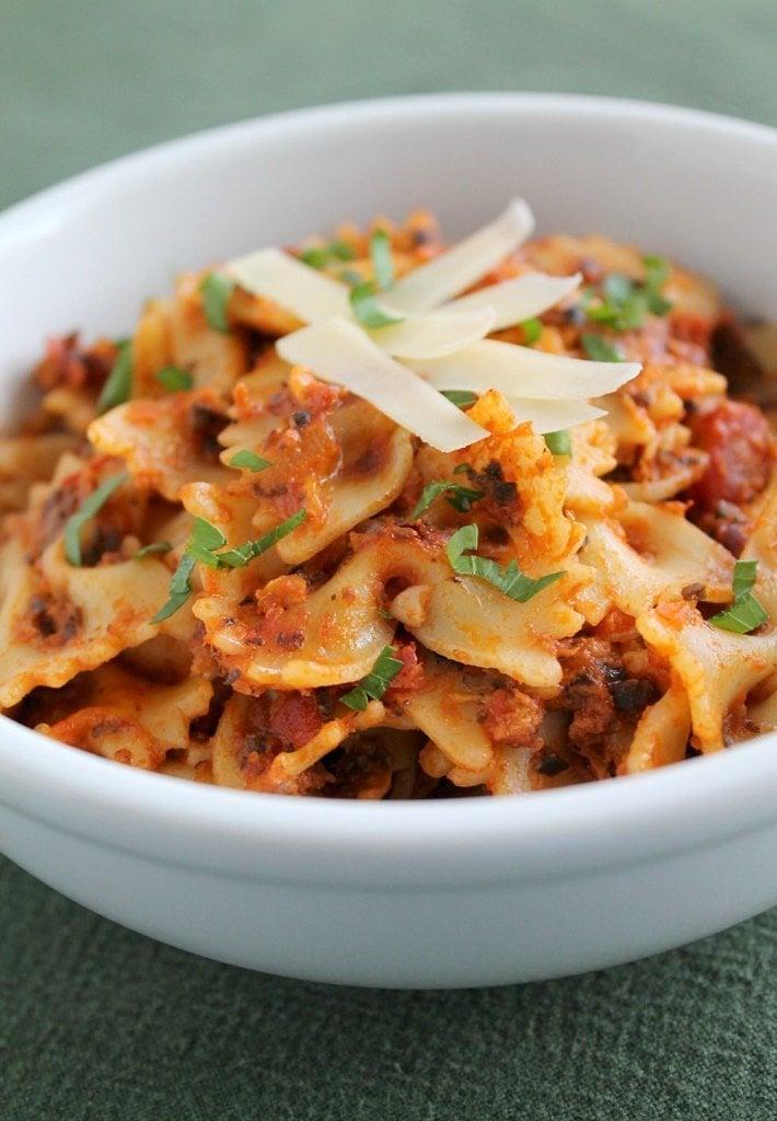 Cheesy Tomato and Chipotle Pasta