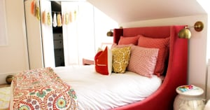 6 Tips For Hosting Overnight Guests in Your Small Space