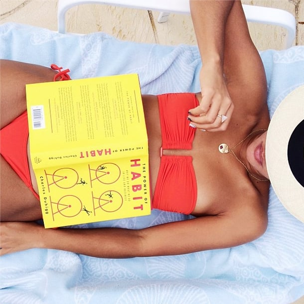 Reading on the beach, now that's a resolution we could keep! Source: Instagram user hannahbronfman