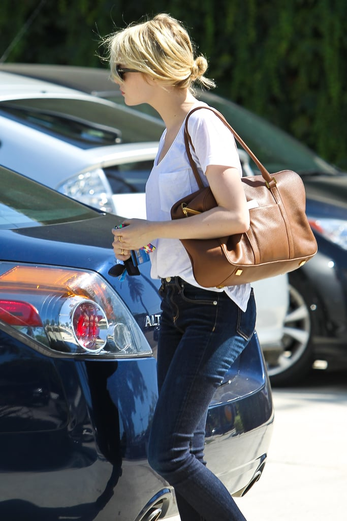 Emma Stone Keeps Her Blonde Hair in Check With a Salon Appointment in LA