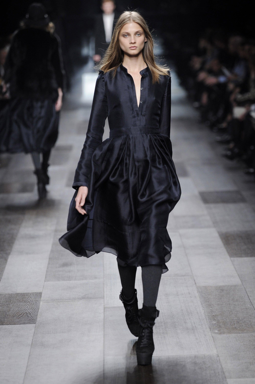Milan Fashion Week: Burberry Prorsum Fall 2009