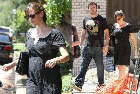 Photos of Jennifer Garner and Ben Affleck Holding Hands