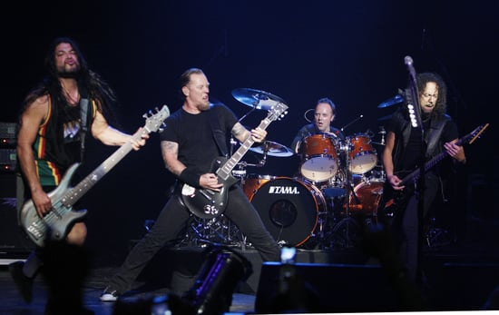 Metallica Is Now Trying To Use The Internet to Reach Out to Fans, But Fans Have Not Forgotten The 2000 Napster Attack