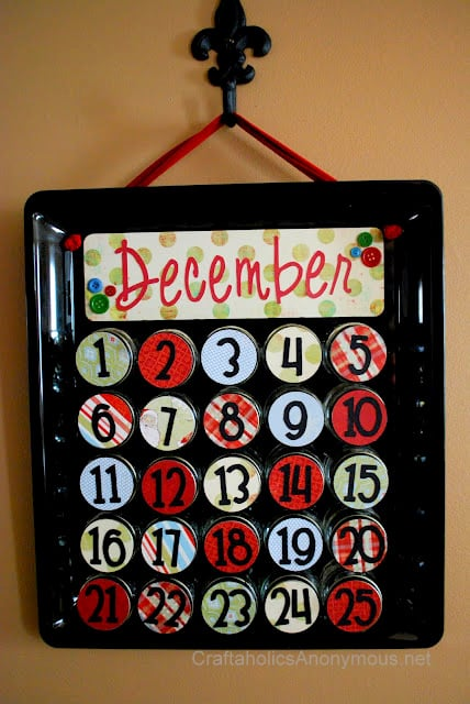 Upcycle Your Baby Food Jars Into an Advent Calendar