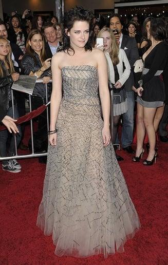Kristen Stewart in Oscar de la Renta at the LA Premiere of New Moon
