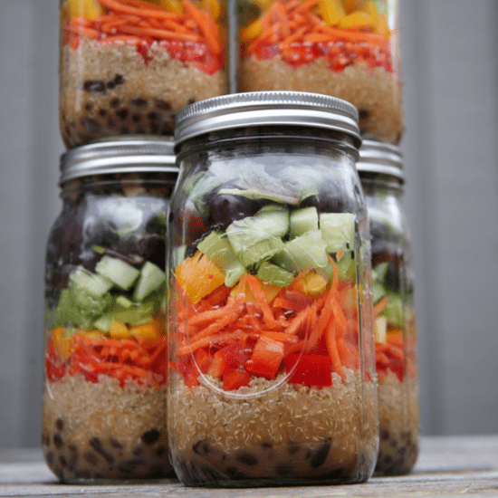 A Simple Recipe For a Week of Mason Jar Salads