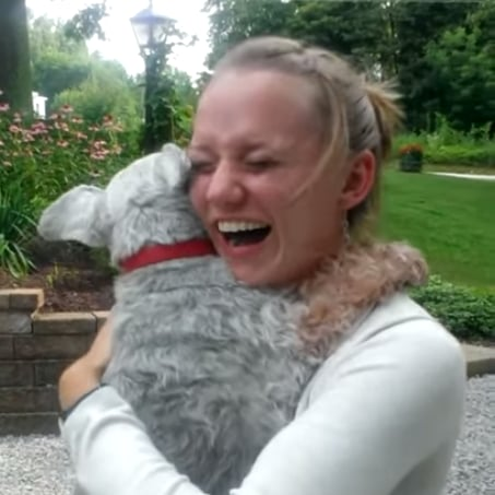 Dog Faints After Seeing Owner For the First Time in 2 Years