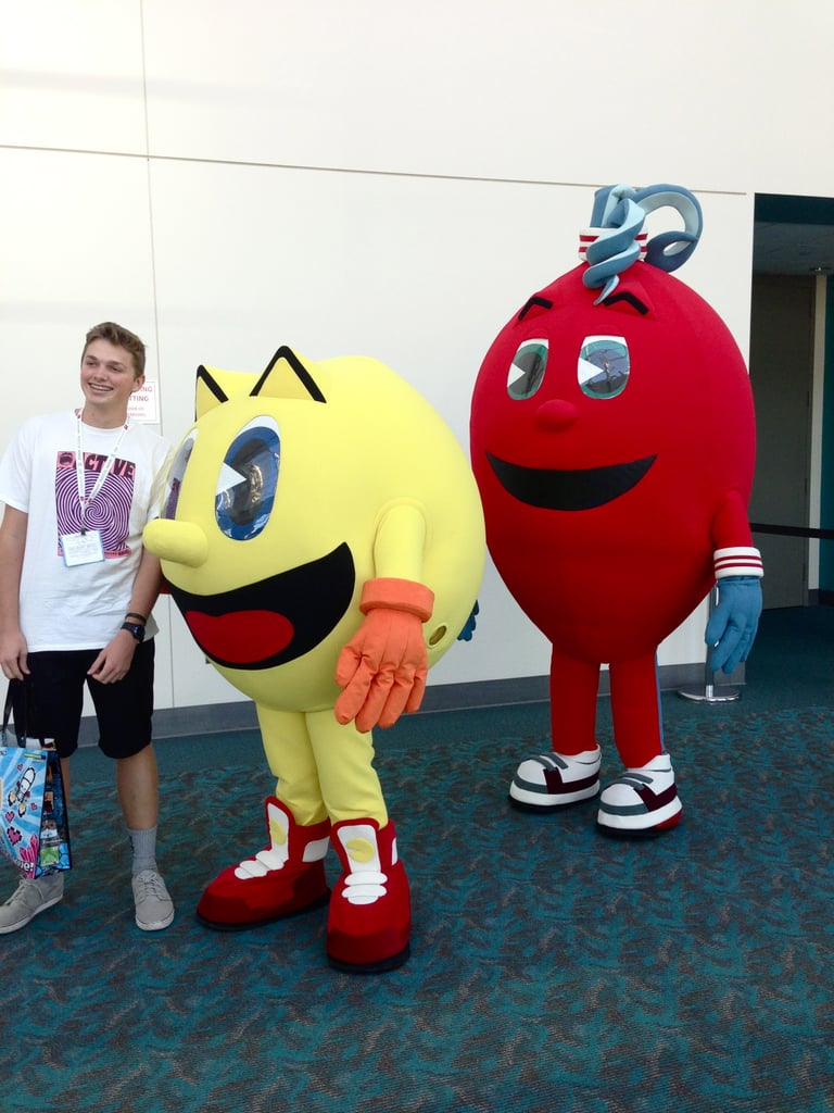 Pac-Man has returned and he even brought gifts in the form of a points-filled fruit.