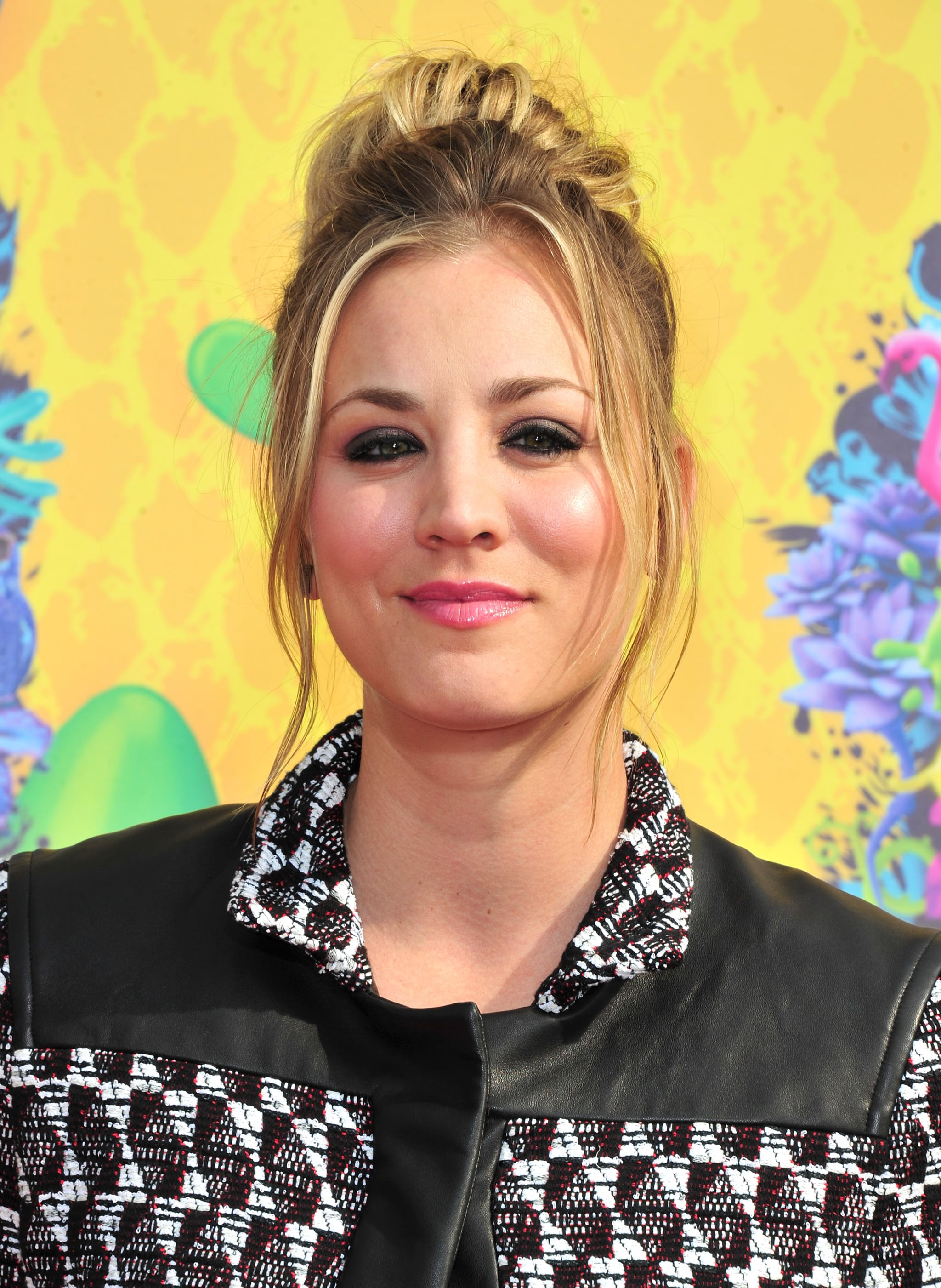 Kaley Cuoco at the Kids' Choice Awards
