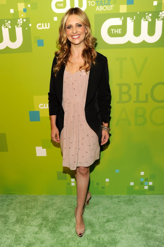 Sarah Michelle Gellar and Rachel Bilson Get a Warm Welcome to Their New Home on the CW