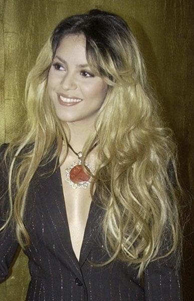 2002: Shakira