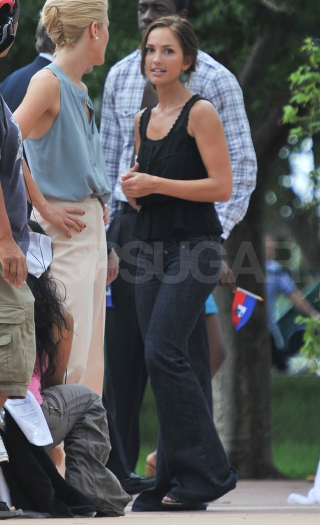 Minka Kelly Bounces Back From Her Jeter Split With a Happy Day on Set