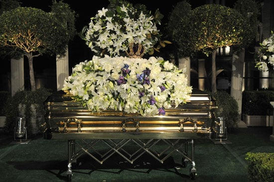 Roundup Of The Latest Entertainment News Stories — Michael Jackson Funeral Attended by Lisa Marie Presley, Elizabeth Taylor
