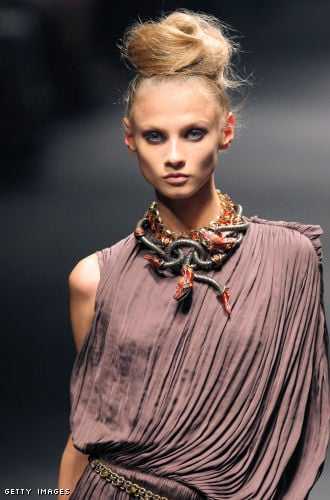 Fashion in 50 Seconds 10/22/09 Alber to Tokyo, Vuitton to Mongolia