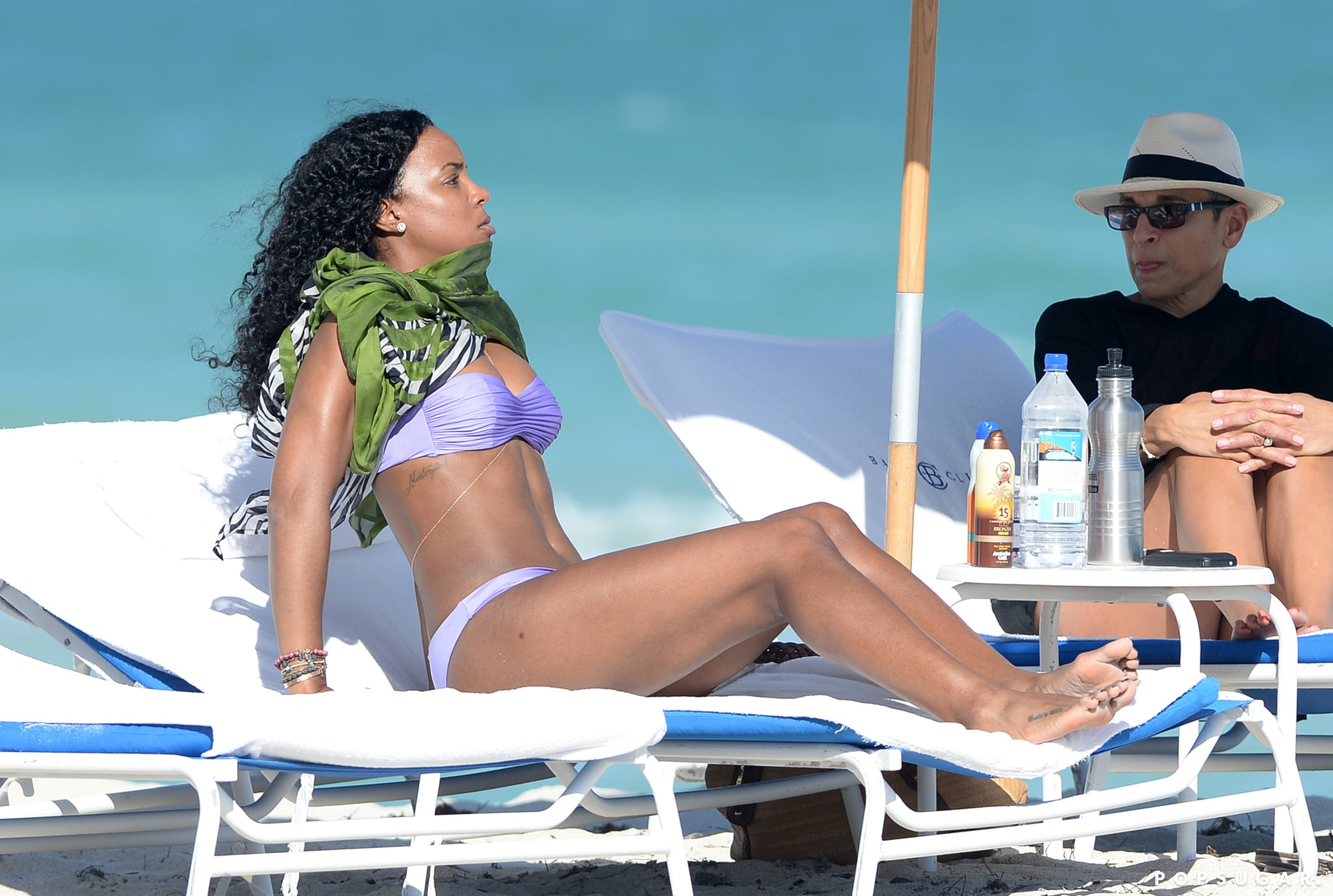 Kelly showed off her fit figure in a two-piece.