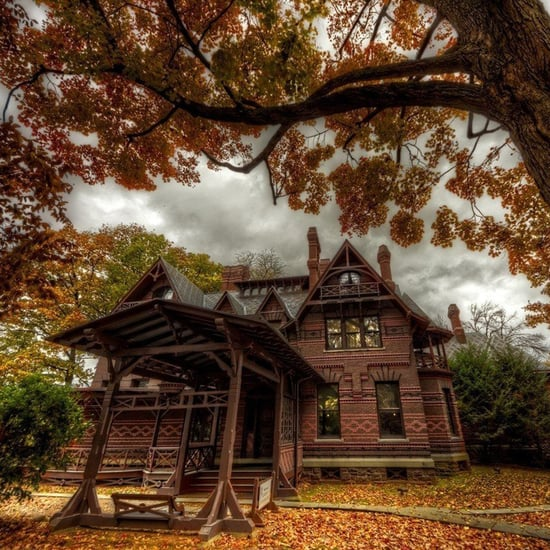 Pictures of Mark Twain's House in Hartford, Connecticut