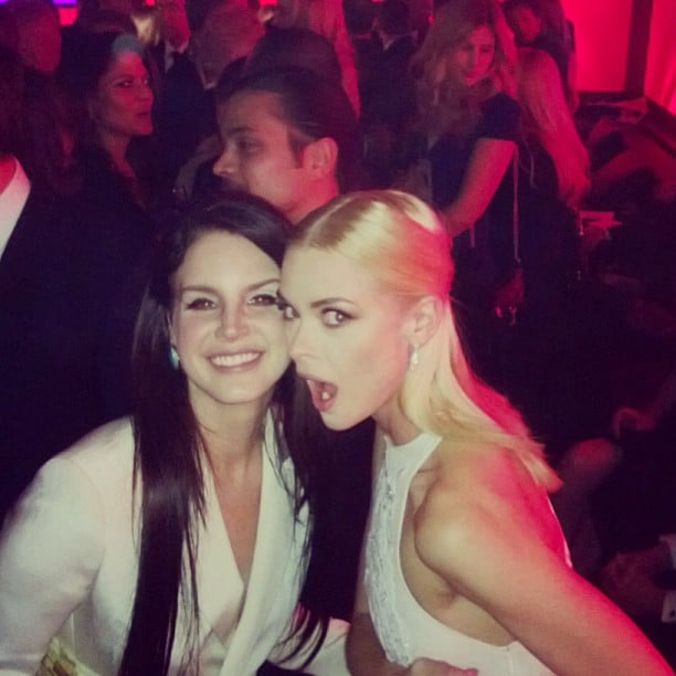Best friends Lana Del Rey and Jaime King stayed close while Jessica Alba took pics at the Instyle Golden Globes after-party. Source: Instagram user jessicaalba