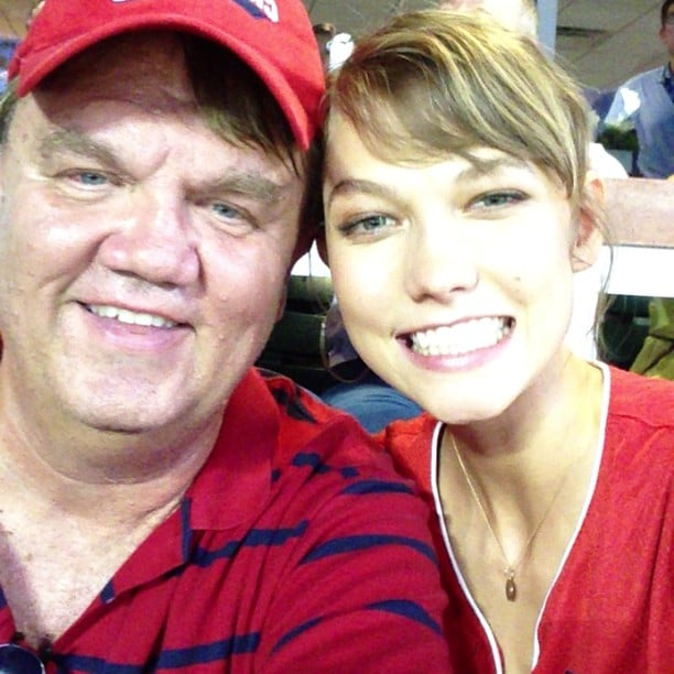 """Karlie Kloss defined """"model daughter"""" when she brought her dad to Major League Baseball's Home Run Derby. Source: Instagram user karliekloss"""