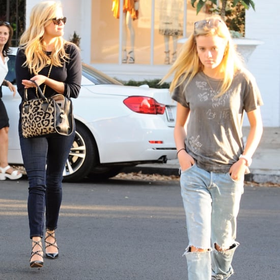 Reese Witherspoon With Daughter Ava Pictures October 2015