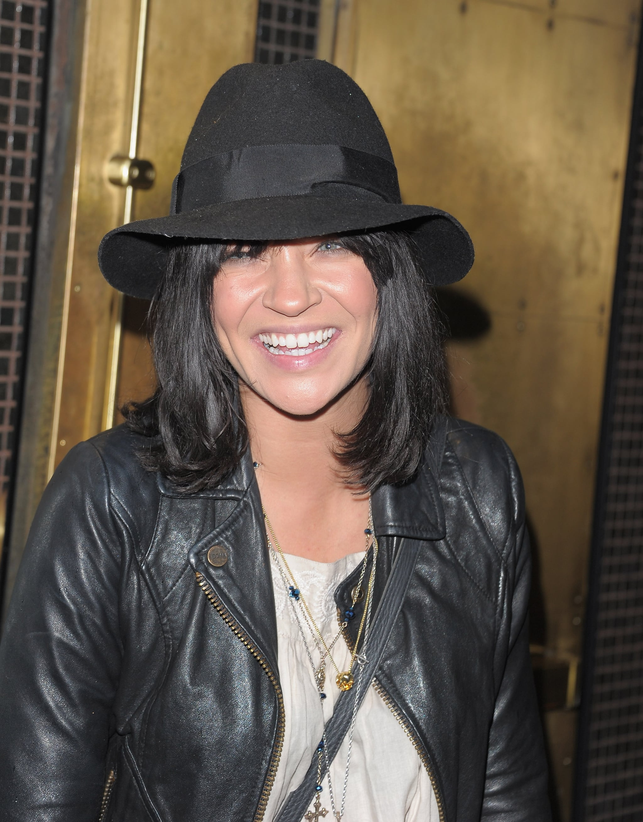Jessica Szhor wore a hat to the Breaking Dawn screening in NYC.